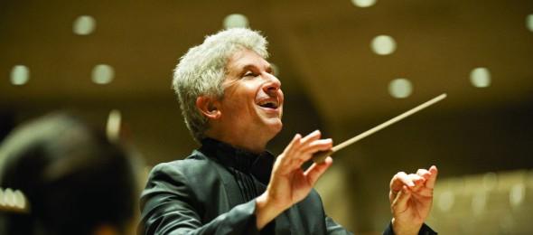 Conductor Peter Oundjian