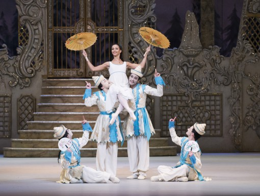 Francesca Hayward, Paul Kay, Tristan Dyer and Alexander Campbell in The Nutcracker © Tristram Kenton, ROH 2013