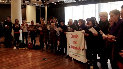 Shell Out Sounds - Southbank carol singing