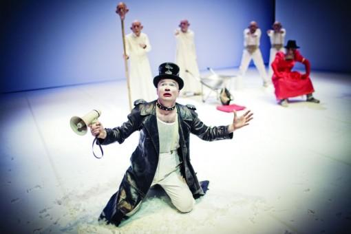 Ubu Rey by Fortebraccio Teatro © Simone Cecchetti