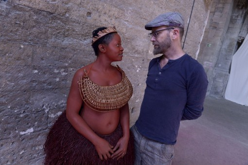 Brett Bailey with a performer from Exhibit B © Pascal Gely