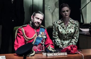 Lauren O'Neil and Martin Freeman in Richard III © Marc Brenner