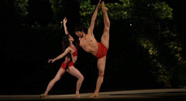 Saeka Shirai (left) and her partner Yue Shi take silver at VIBC: Photo © Victor Viktorov / VIBC