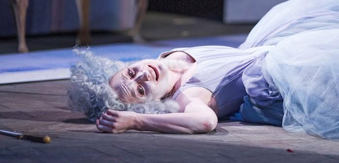 Christiane Kargin in La Finta Giardiniera © Glyndebourne / Tristram Kenton