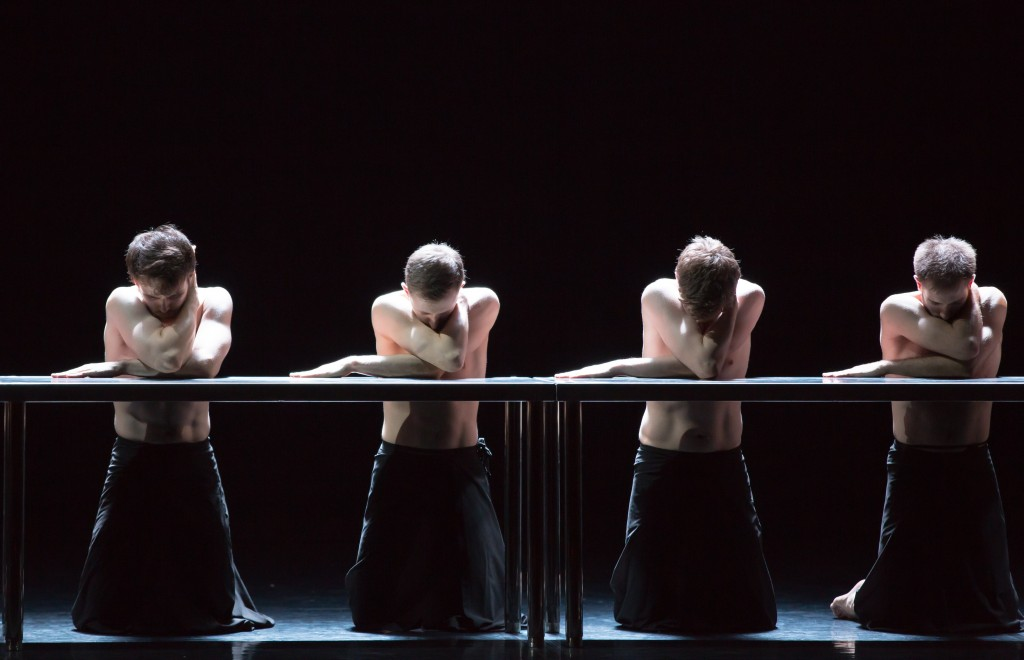 Scottish Ballet dancers in Angelin Preljocaj's MC14-22. Photo © Andy Ross