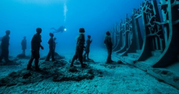 Crossing the Rubicon © Jason deCaires Taylor ©