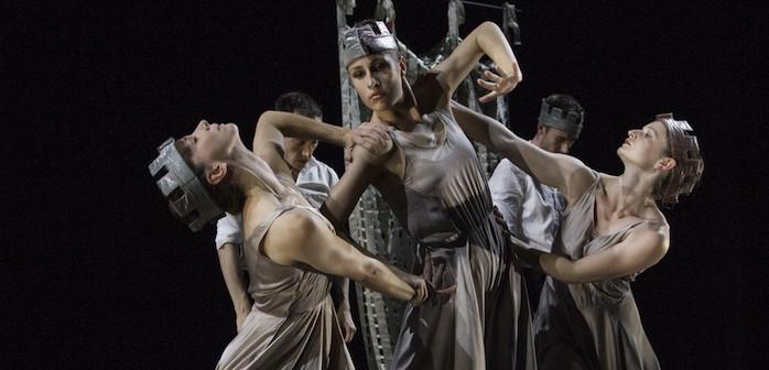 Yorke Dance Project / Sea of Troubles: Photo © Pari Naderi