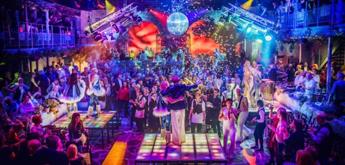 Mamma Mia! The Party © Dewynters