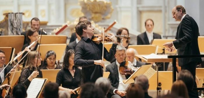 Joshua Bell © Oliver Killig