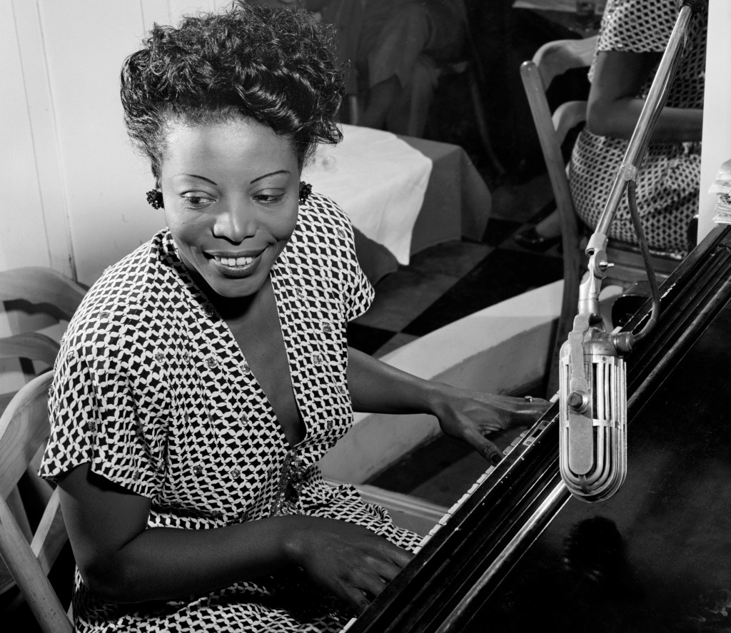Mary Lou Williams © William P Gottlieb / restored by Adam Cuerden